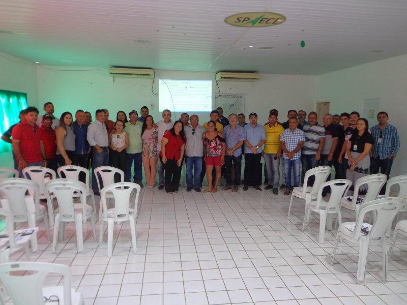 Comitê do Médio Jaguaribe discute liberação de água do açude Figueiredo