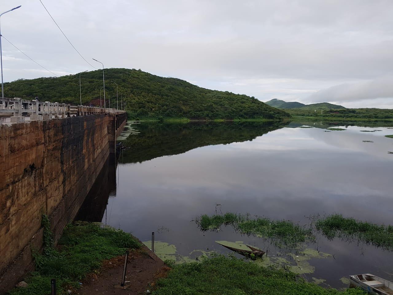 Transferência de água do açude Fogareiro garante continuidade no abastecimento de Quixeramobim